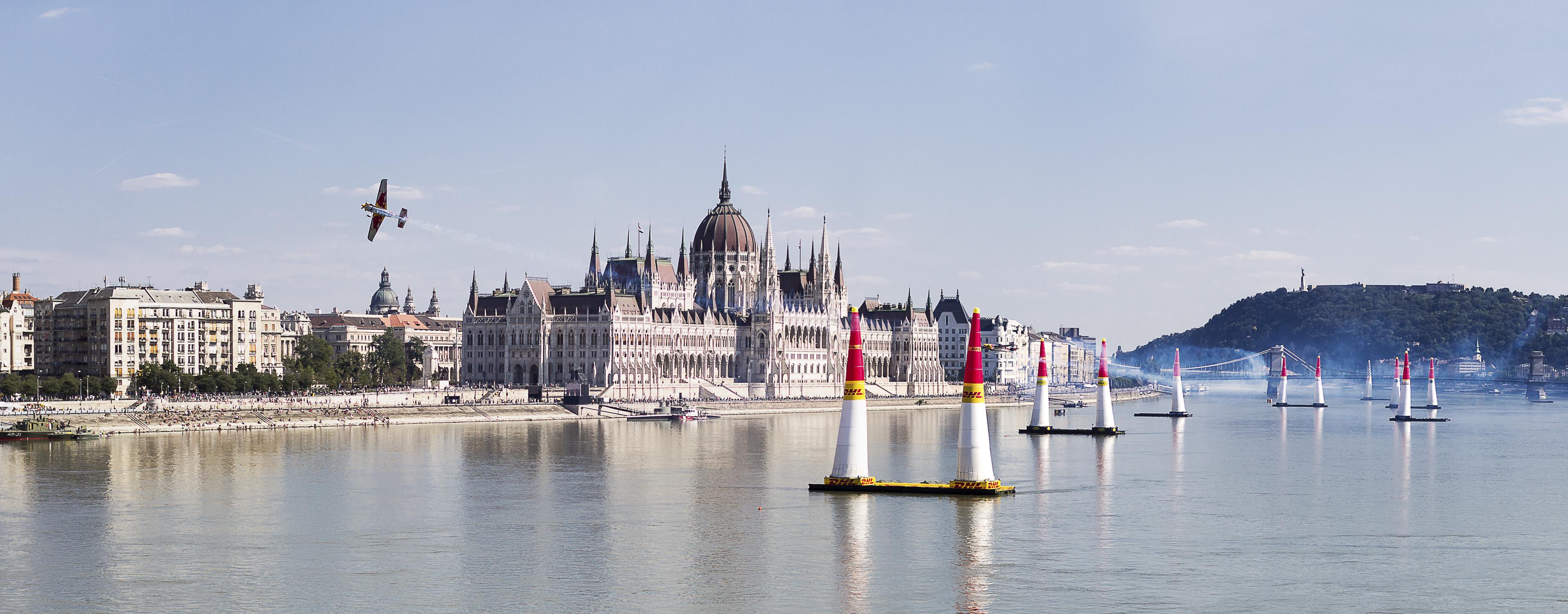Portfolio(20150704 – Red Bull Airrace Budapest 2015 – 461)