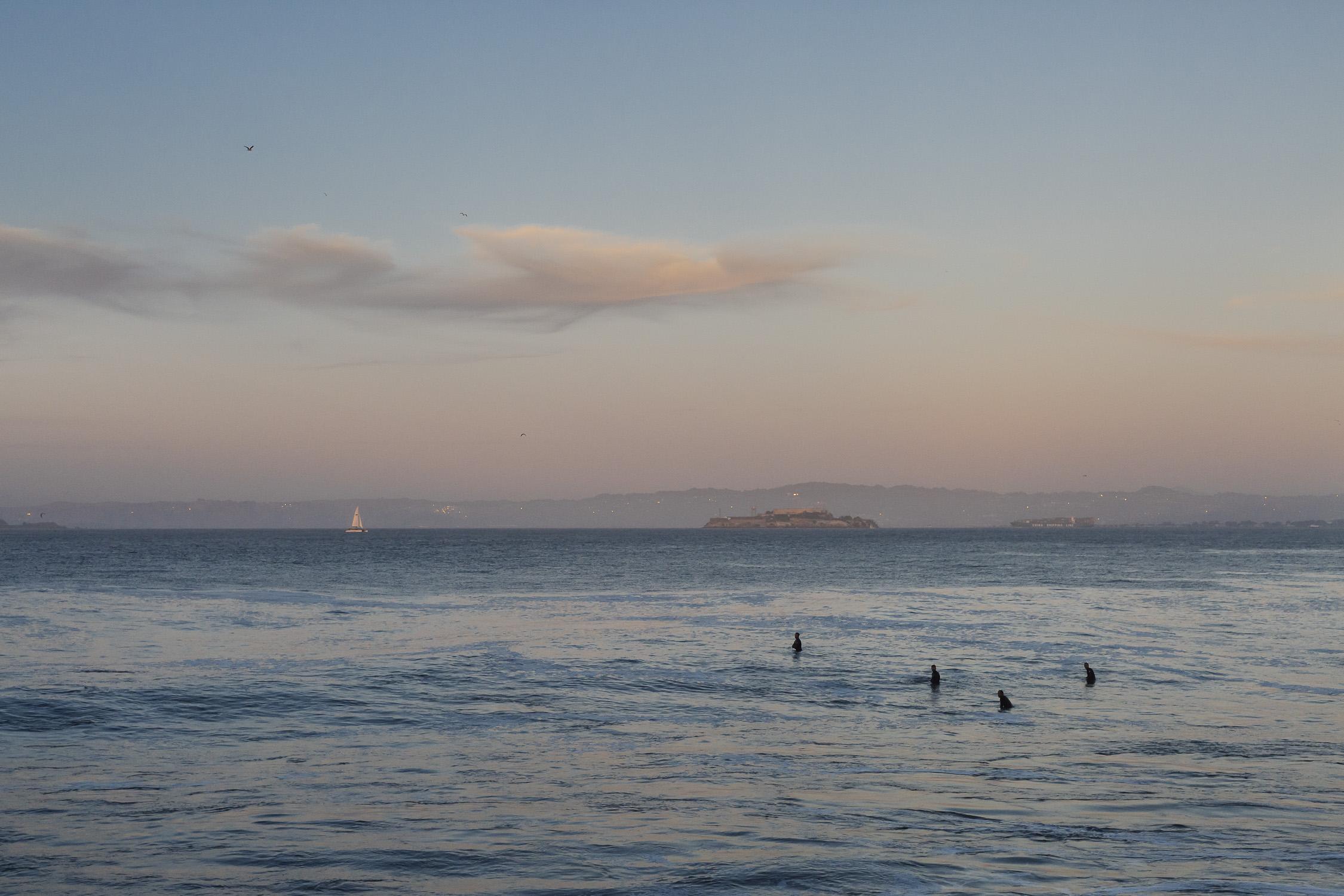 Portfolio(20151026 – Surfer Golden Gate Bridge – 193)