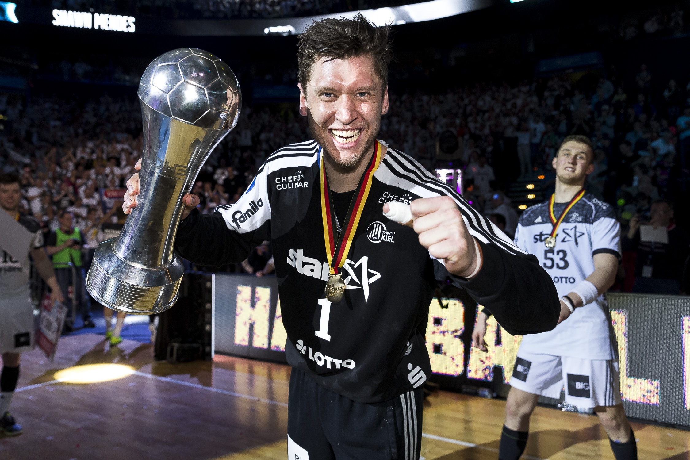 Portfolio(20170409 – DHB Pokalfinale THW Kiel – Flensburg Handewitt – 1306 (_L2Y0923))