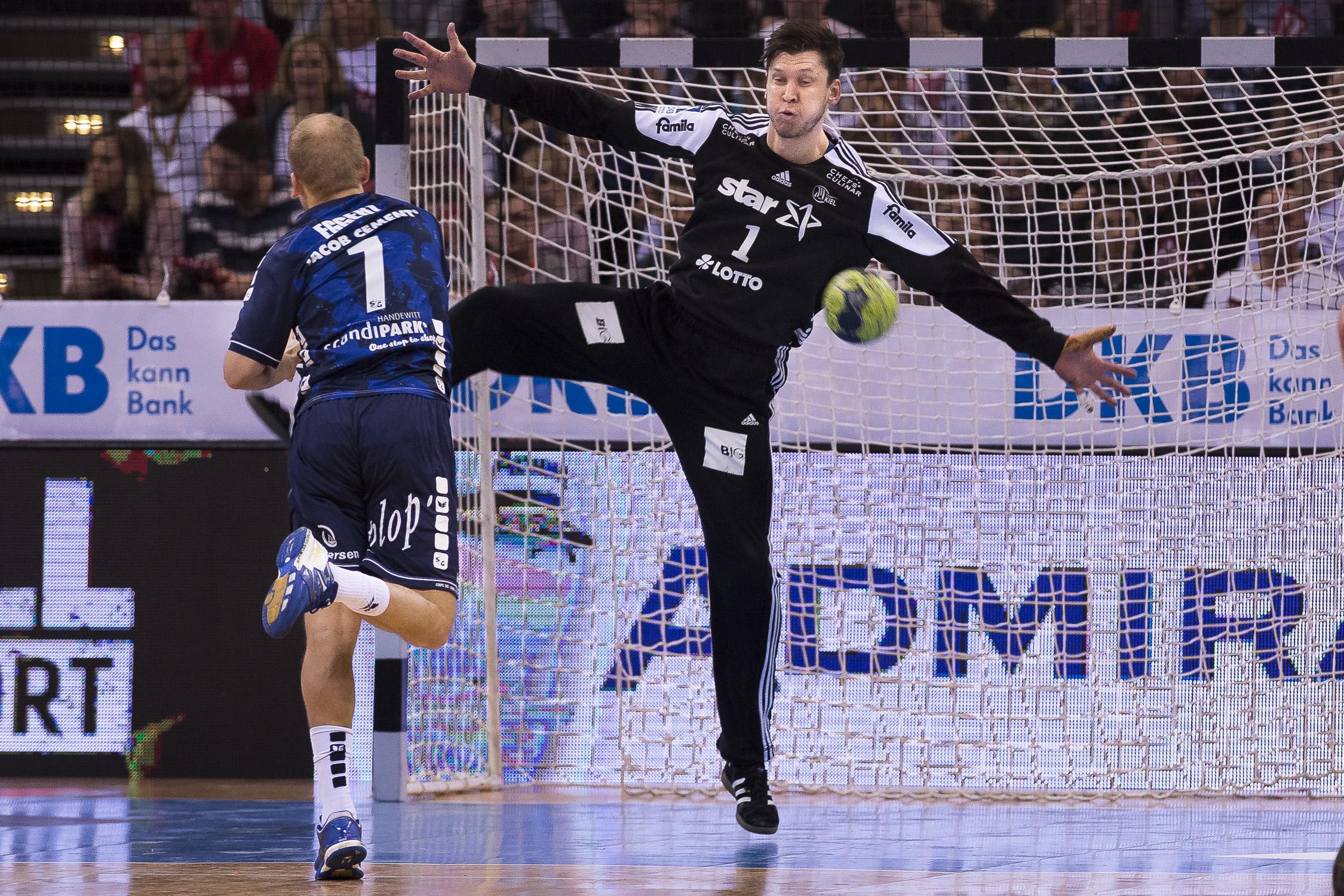 Portfolio(20170409 – DHB Pokalfinale THW Kiel – Flensburg Handewitt – 196 (_L2Y0246))