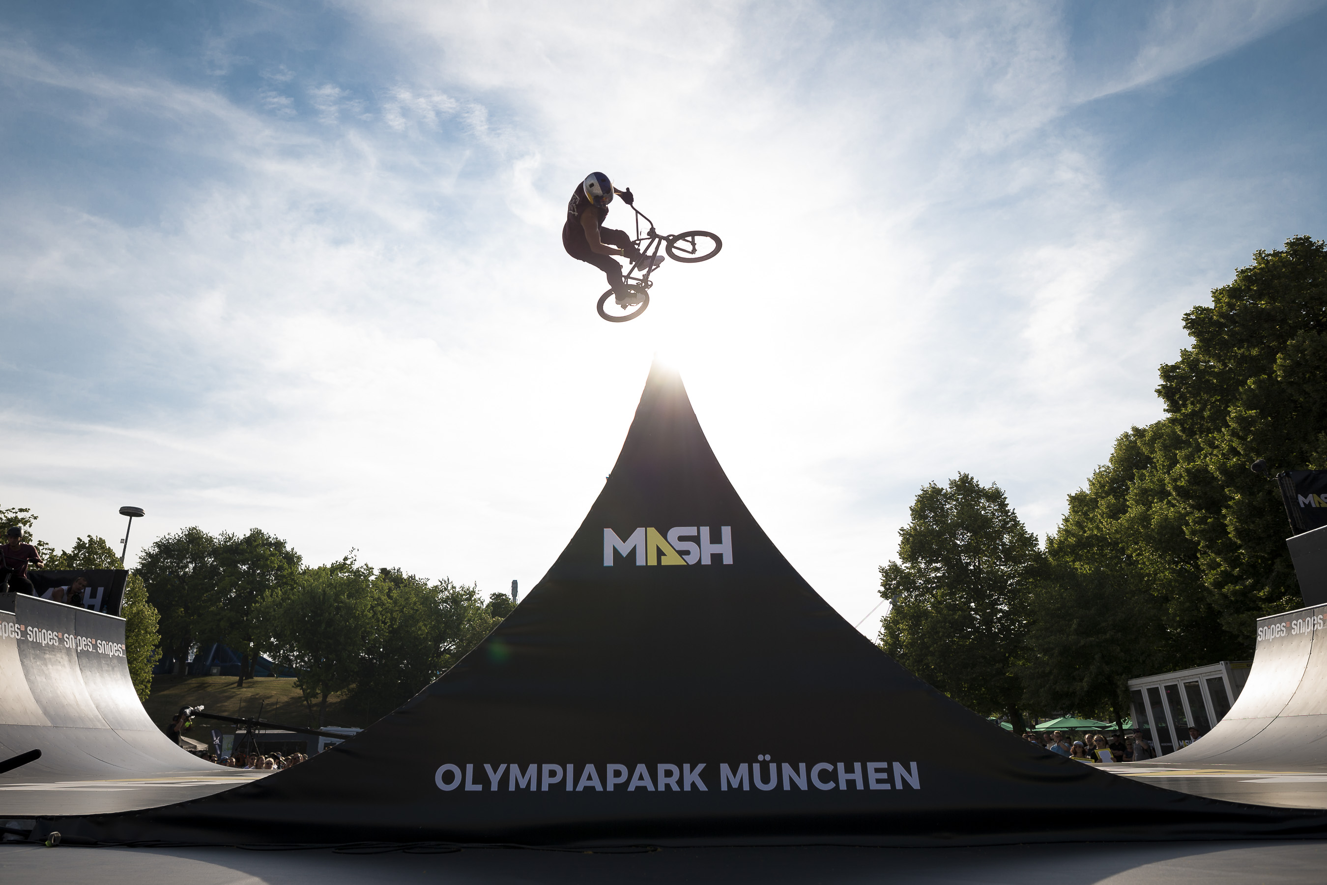 Portfolio(20170623 – Munich Mash BMX Spine Ramp – 240)