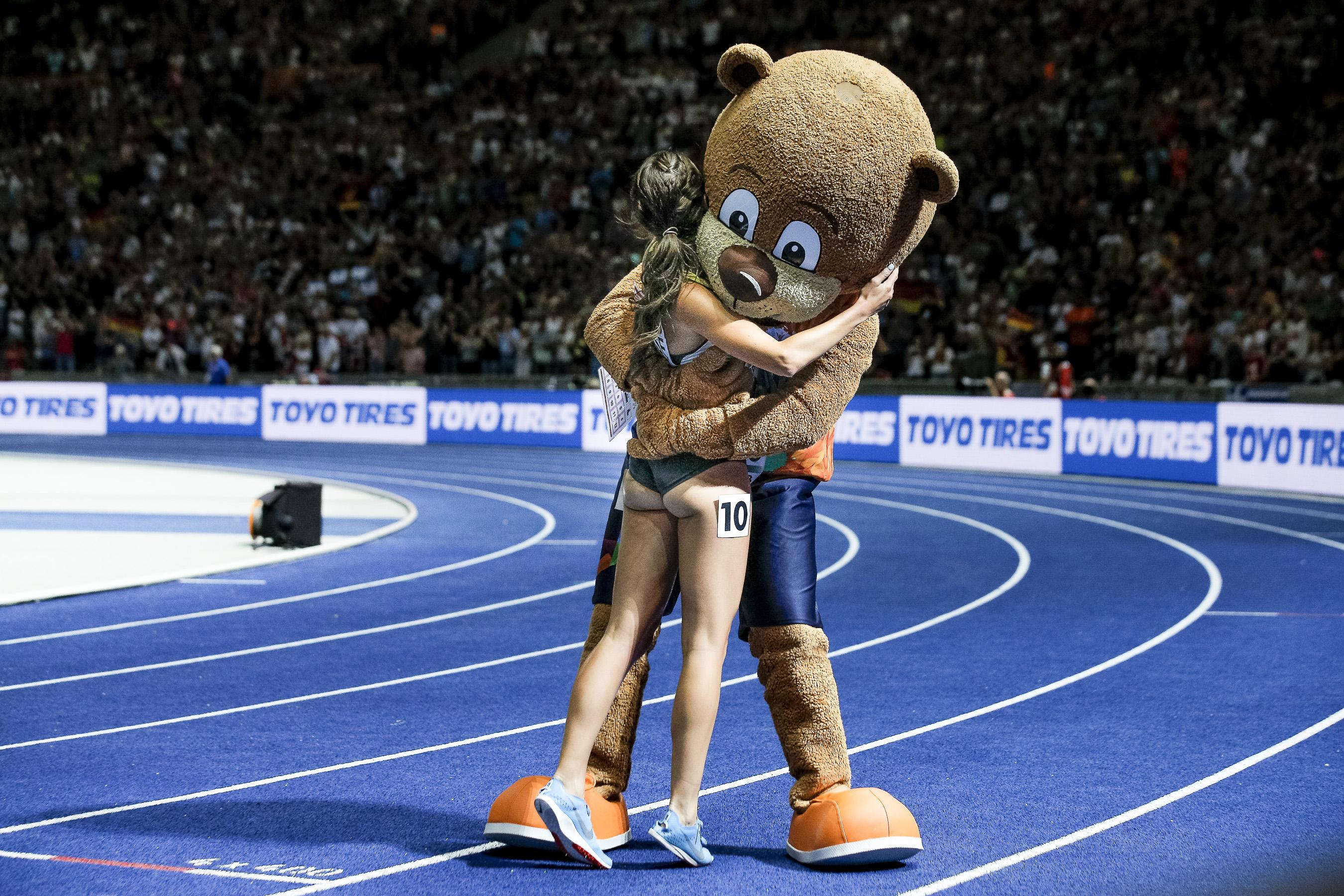 Gesa Krause (GER) gewinnt Gold im 3000m Hindernis.